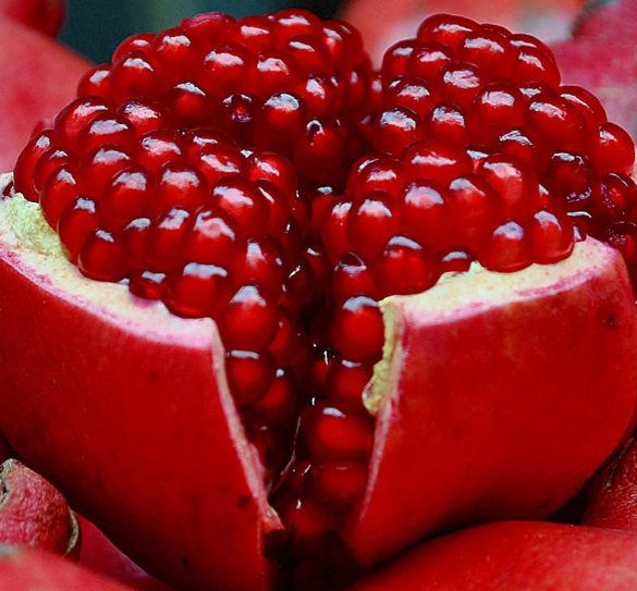 Health Benefits of Pomegranate and Pomegranate Juice