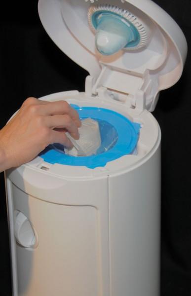 diaper disposal pail pushing